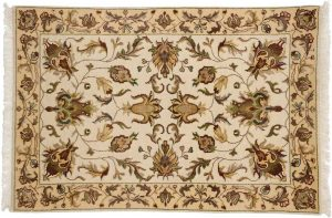 2×3 Kashan Oriental Ivory Hand-Knotted Rug
