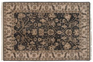 5×7 Heriz Oriental Grey Hand-Knotted Rug