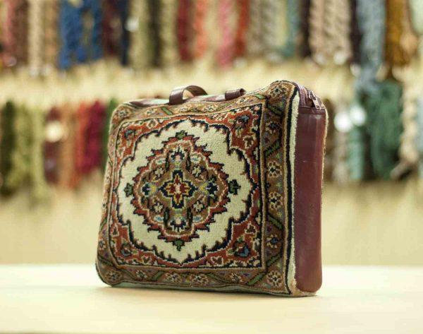 vintage carpet bag ivory tabriz 033400